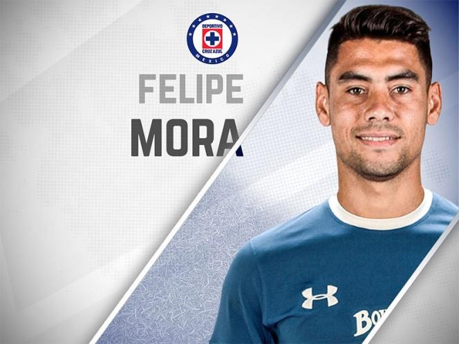 Cruz Azul oficializa la llegada del delantero Felipe Mora | El Imparcial de Oaxaca