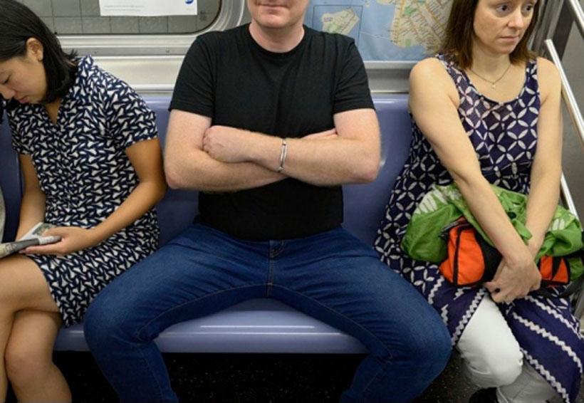 Prohíben en Madrid que hombres se sienten en autobús con piernas extremadamente abiertas   El Imparcial de Oaxaca