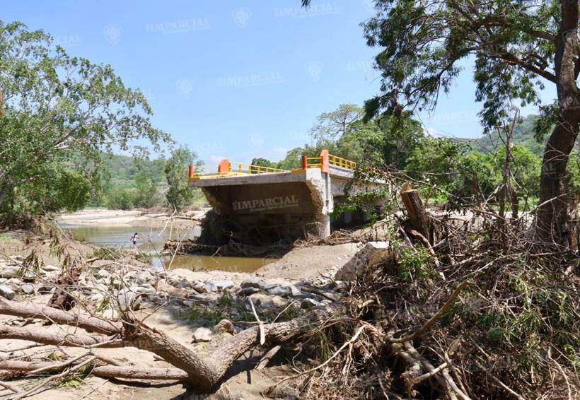 Video: Sin cosecha y sin carretera pobladores de Zapotengo, Pochutla.   El Imparcial de Oaxaca