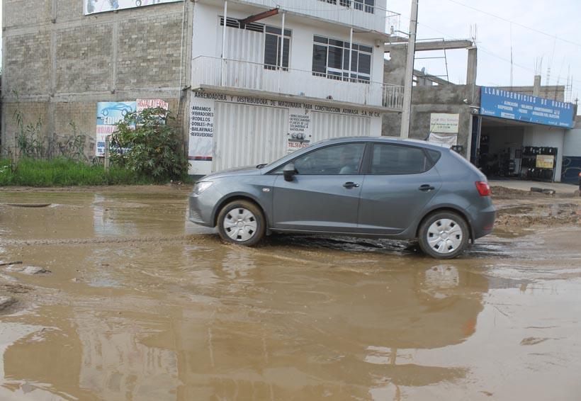 Obras inconclusas afectan el paso de vehículos sobre el río salado | El Imparcial de Oaxaca