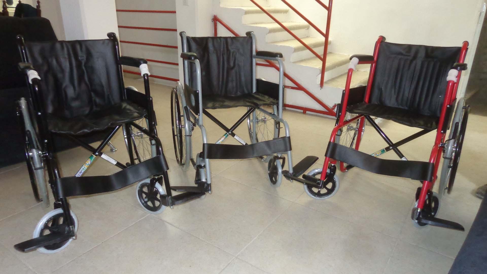 Entregan sillas de ruedas a discapacitados en la Mixteca | El Imparcial de Oaxaca