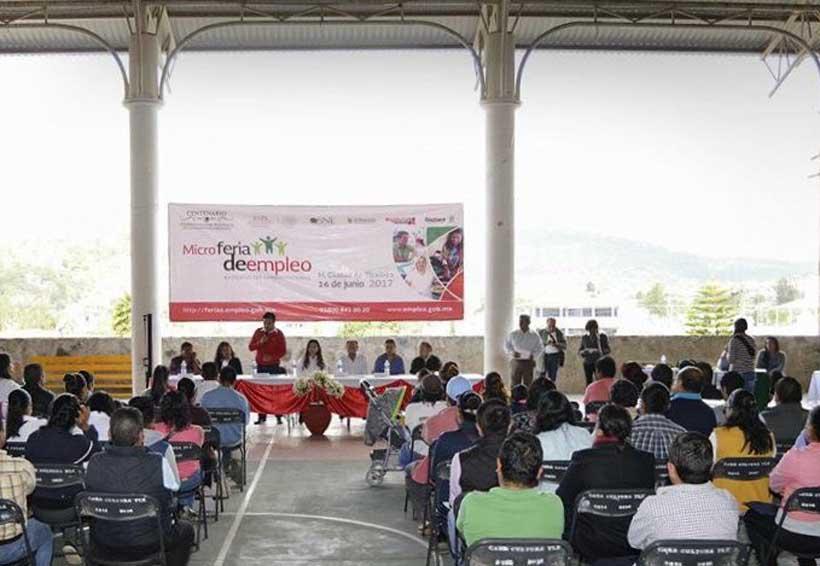 Realizan Feria del Empleo en Tlaxiaco | El Imparcial de Oaxaca