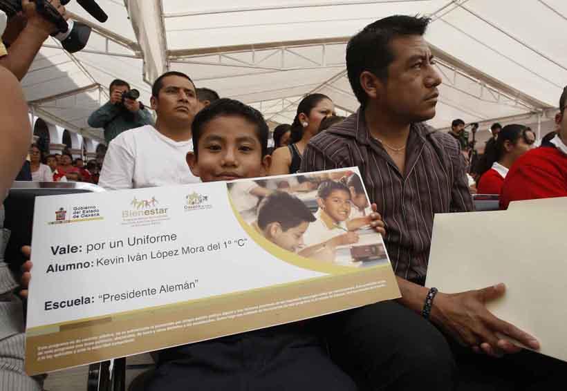 Gobierno borró programas sociales de Gabino en Plan Estatal de Desarrollo   El Imparcial de Oaxaca
