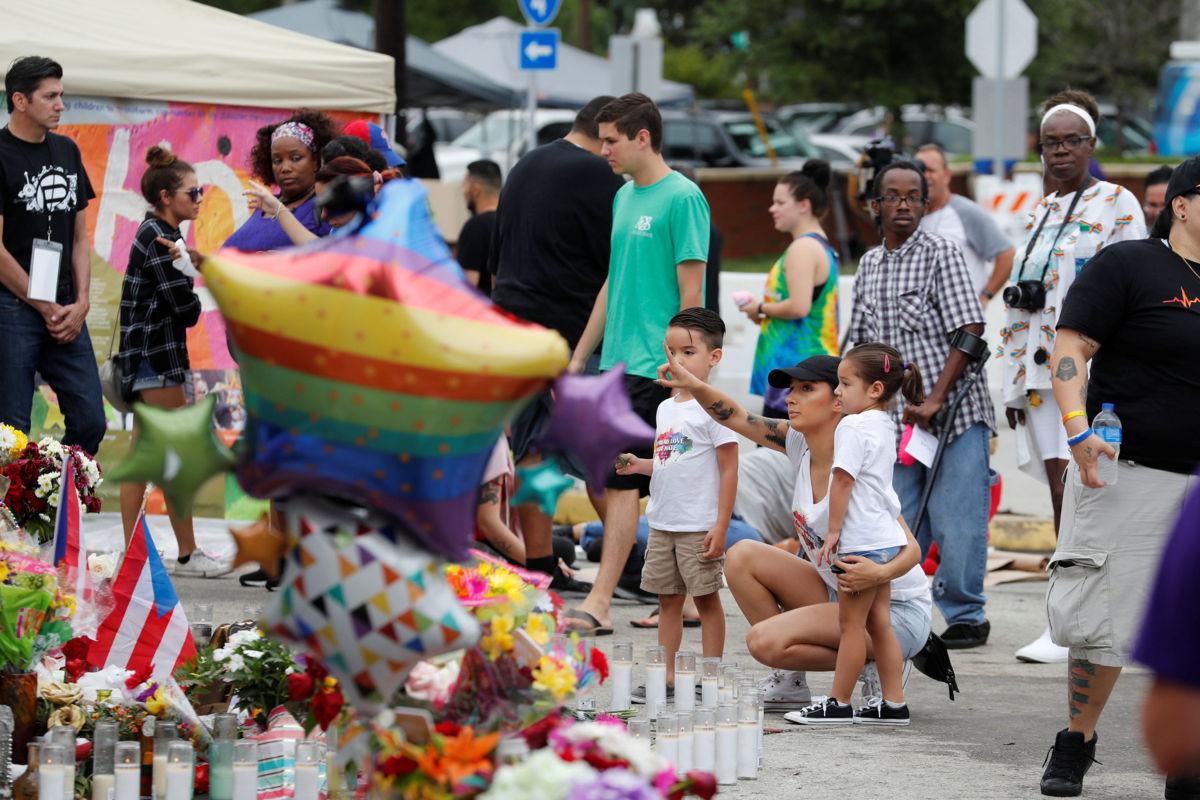 Familiares recuerdan a víctimas del atentado en discoteca Pulse en Orlando   El Imparcial de Oaxaca