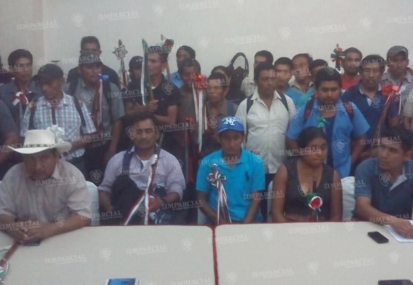 Denuncia al diputado Óscar Valencia de querer destituir injustificadamente a edil | El Imparcial de Oaxaca