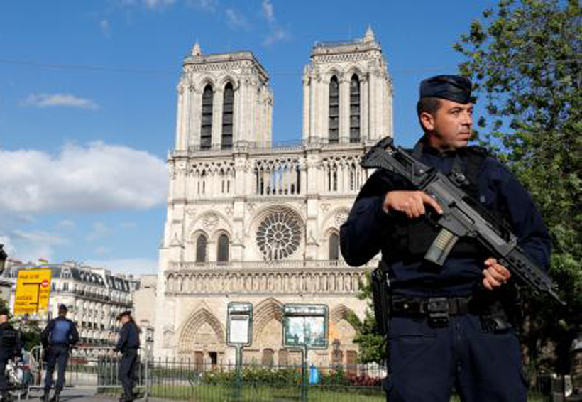 El atacante de Notre Dame de París, un experiodista en Suecia | El Imparcial de Oaxaca