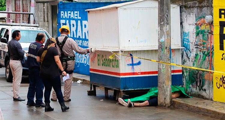 La muerte lo sorprendió al tocar puesto de tacos electrificado y golpearse la cabeza. | El Imparcial de Oaxaca
