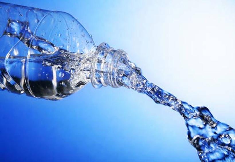 Señales que revelan que no estás tomando suficiente agua | El Imparcial de Oaxaca