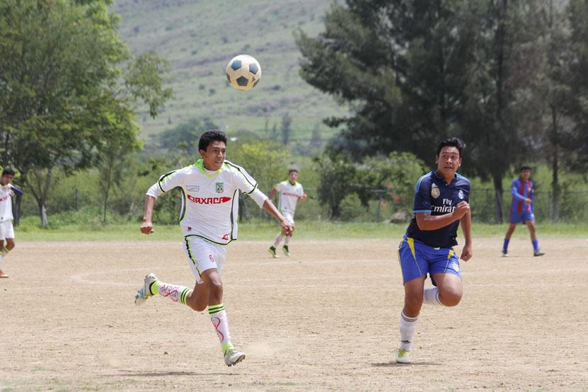 Buscan talento en fútbol juvenil | El Imparcial de Oaxaca