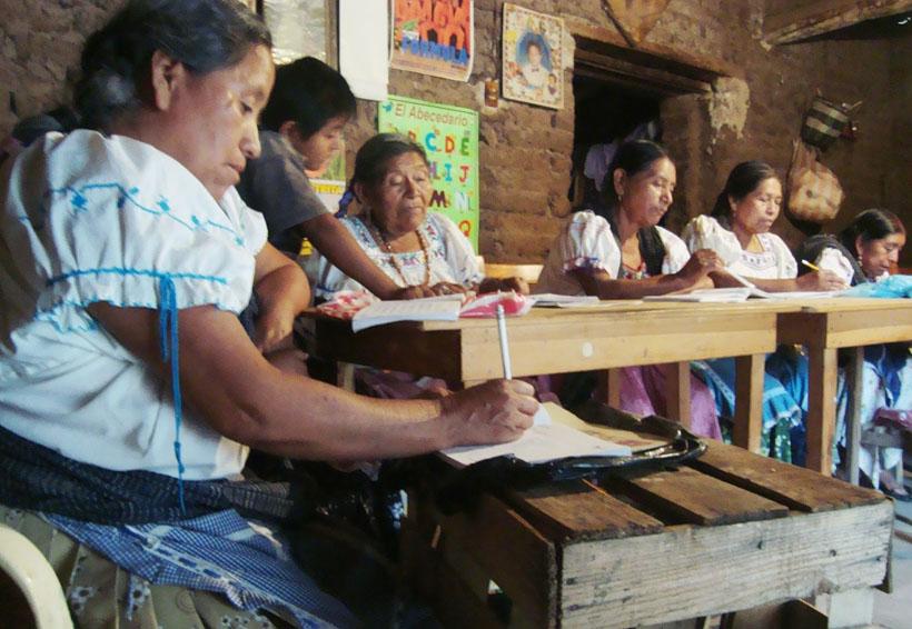 Se abatirá el analfabetismo en la Mixteca | El Imparcial de Oaxaca