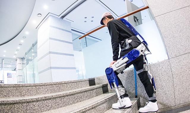 Hyundai no sólo fabrica coches, también crea exoesqueletos para mejorar tu salud | El Imparcial de Oaxaca