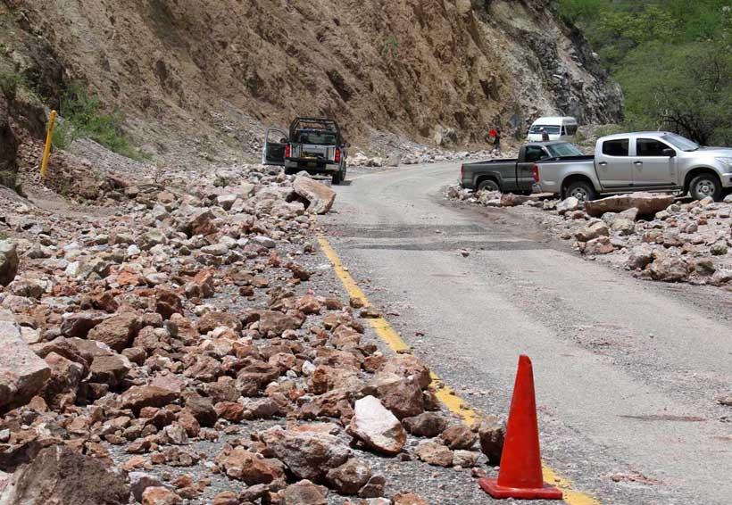 Continúa afectación en la red carretera | El Imparcial de Oaxaca