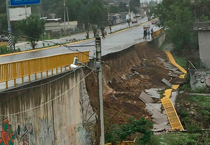 Se desprende muro de contención en la 190 | El Imparcial de Oaxaca