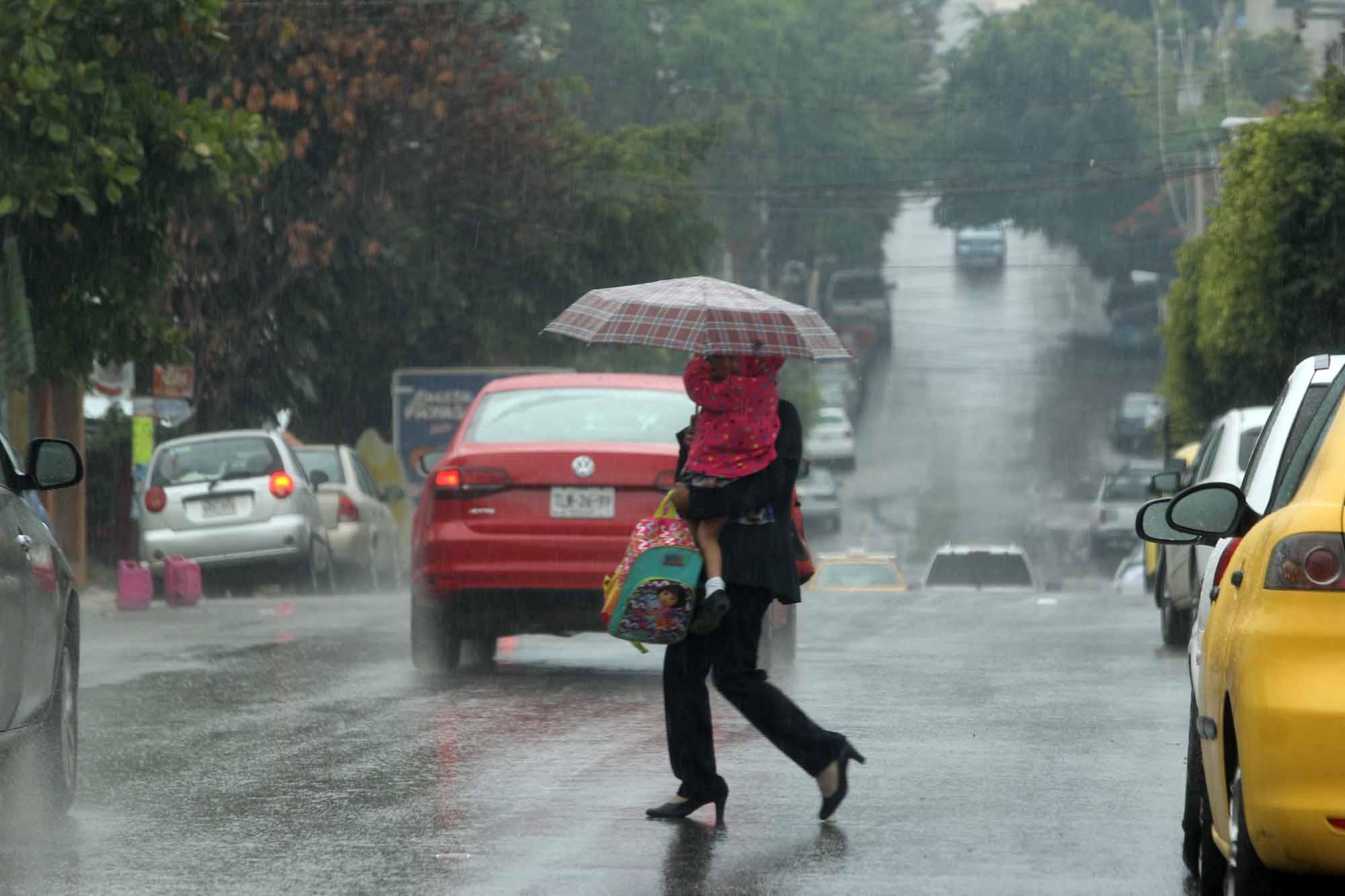 Suspenden clases este viernes en todas las escuelas por las fuertes lluvias | El Imparcial de Oaxaca