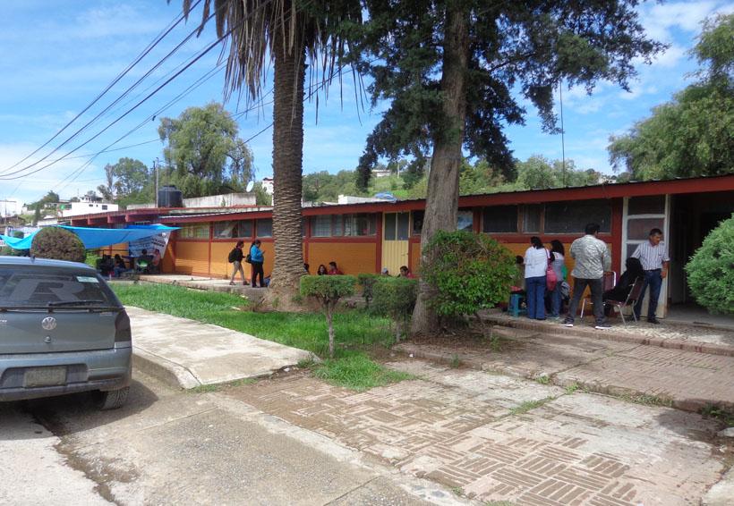 En Tlaxiaco, Sección 22 se disputa Escuela Primaria   El Imparcial de Oaxaca