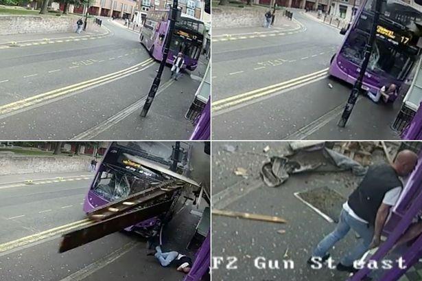 'Levántate y anda': Lo atropella un autobús, se levanta y se mete en un bar   El Imparcial de Oaxaca