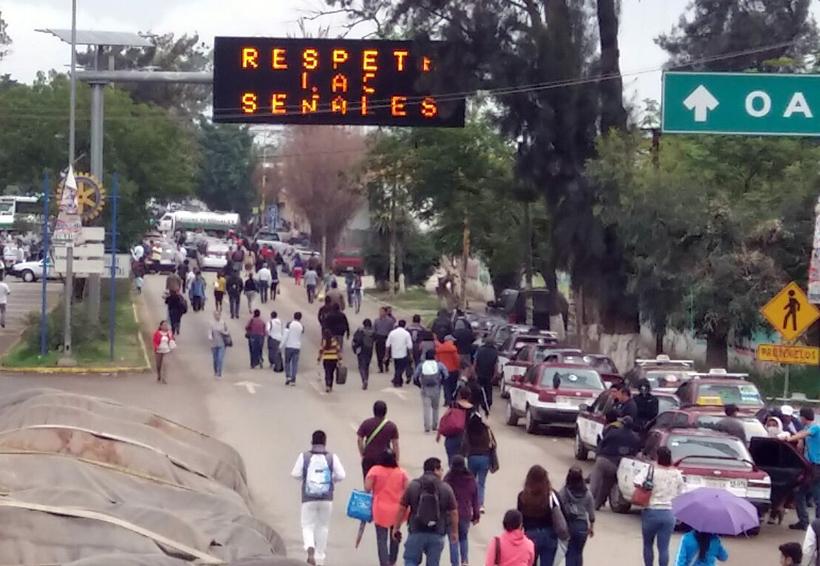 Sindicato Libertad secuestra la capital de Oaxaca | El Imparcial de Oaxaca