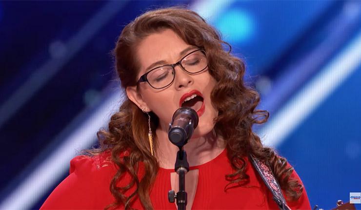 Mandy Harvey, la cantante sorda que ha conmovido al jurado de 'America's Got Talent' | El Imparcial de Oaxaca