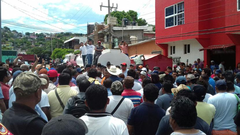 Piden cambio  de secretario  general  de la CTM en Salina Cruz | El Imparcial de Oaxaca