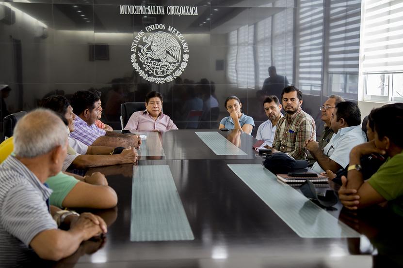 En Salina Cruz Atienden falta de transporte | El Imparcial de Oaxaca