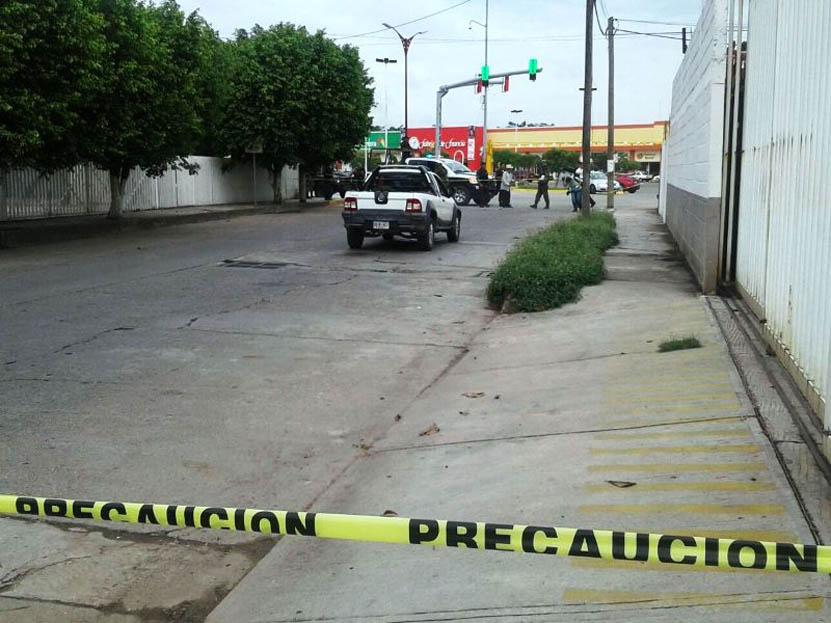 Tirotean a automovilista  cuando esperaba el siga en Tuxtepec | El Imparcial de Oaxaca
