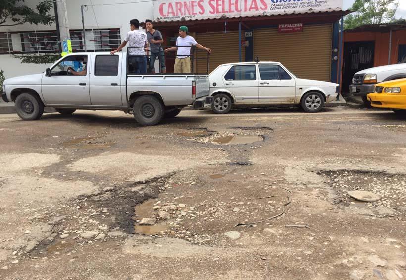 Oaxaca llena de baches y hoyancos   El Imparcial de Oaxaca
