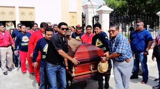Video: Dan último adiós a Martín Balderas, víctima del incendio en la refinería de Salina Cruz | El Imparcial de Oaxaca