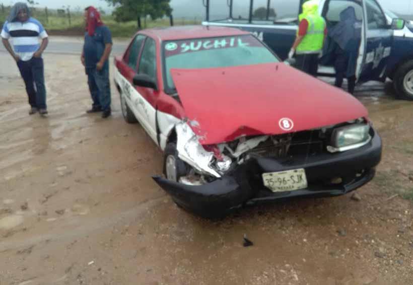 Choca taxi en Etla, tres lesionados | El Imparcial de Oaxaca