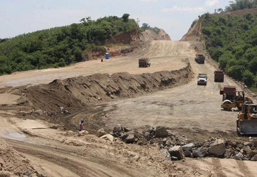Supercarreteras de Oaxaca, estancadas   El Imparcial de Oaxaca