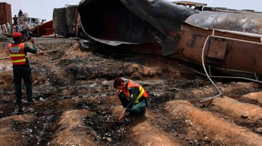 Por los menos 123 muertos tras explotar camión en Pakistán   El Imparcial de Oaxaca