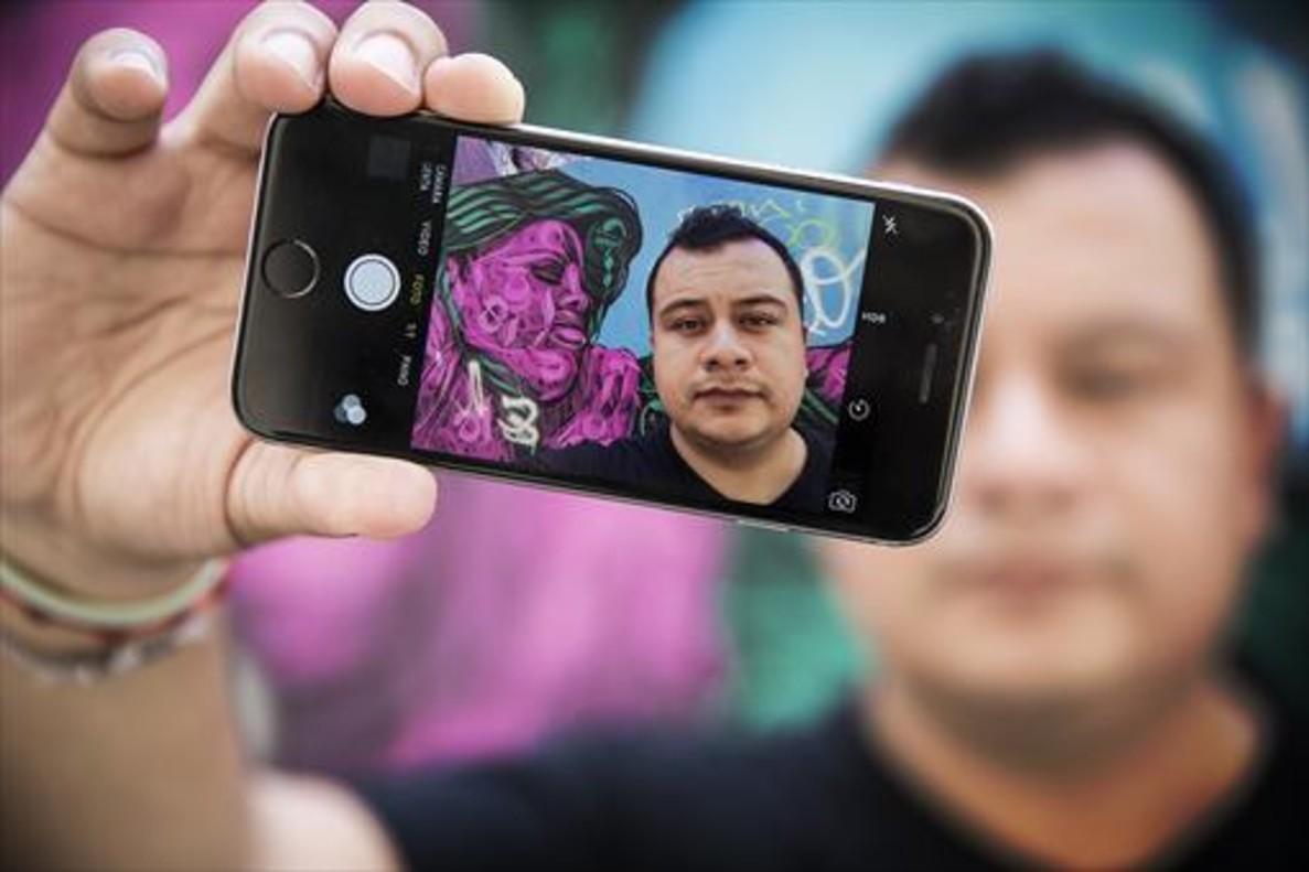 Denunció a 'trolls' y tuvo que huir del país; ahora, Procuraduría pierde pistas del caso | El Imparcial de Oaxaca