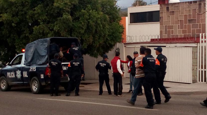 Violenta riña tras choque en la agencia Santa María Ixcotel   El Imparcial de Oaxaca