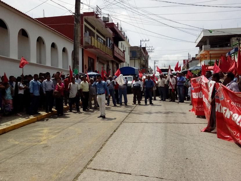 En Matías Romero, marcha por  obras Antorcha Campesina   El Imparcial de Oaxaca