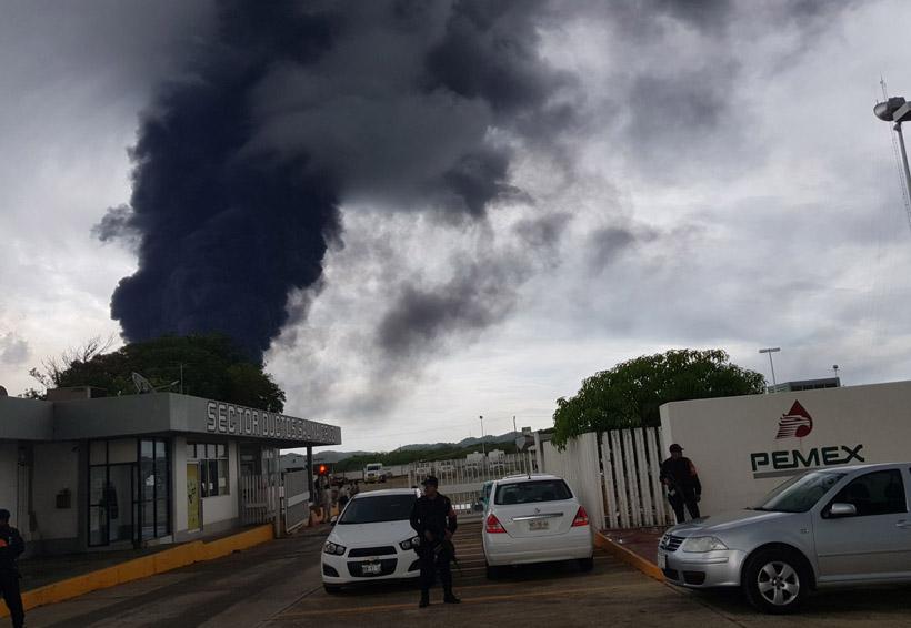 Confirman deceso de una persona en el incendio de la refinería en Salina Cruz   El Imparcial de Oaxaca