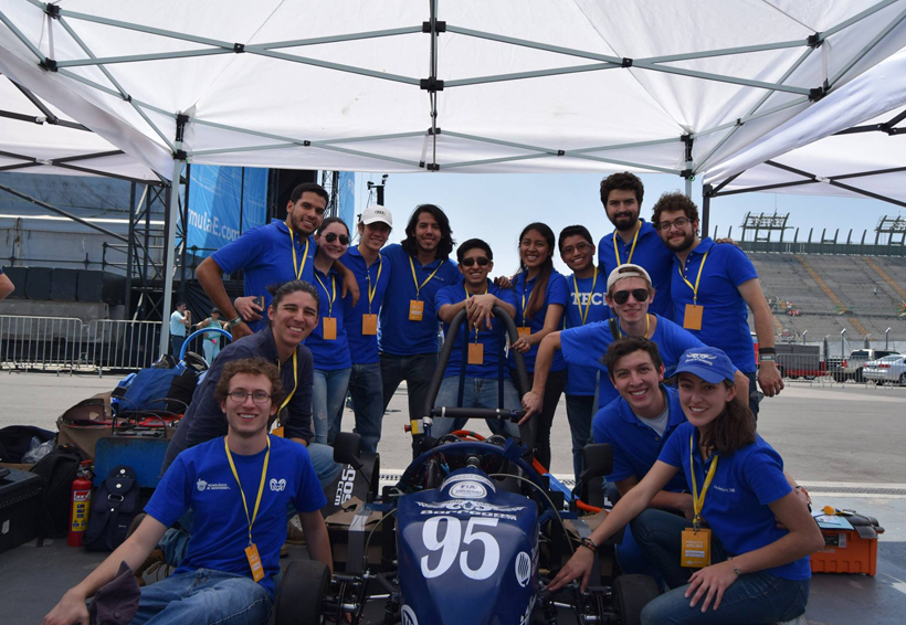 Oaxaqueño compite en la Infiniti Engineering Academy | El Imparcial de Oaxaca
