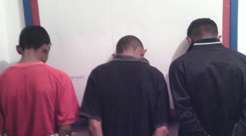 Detienen por riña  a tres hermanos en Huajuapan de León   El Imparcial de Oaxaca