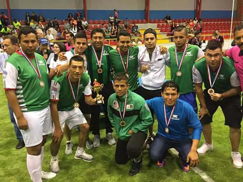 Un oaxaqueño en la Homeless World Cup   El Imparcial de Oaxaca