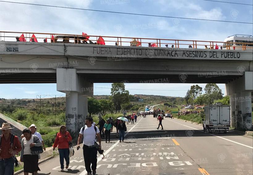 Sección 22 bloquea supercarretera en Nochixtlán   El Imparcial de Oaxaca