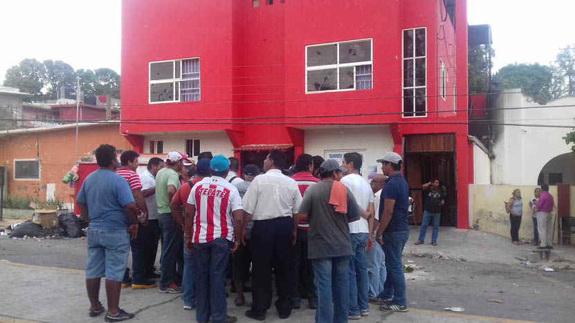 En Salina Cruz  materialistas fueron relegados en  la era de Hipólito Rojas en la CTM   El Imparcial de Oaxaca
