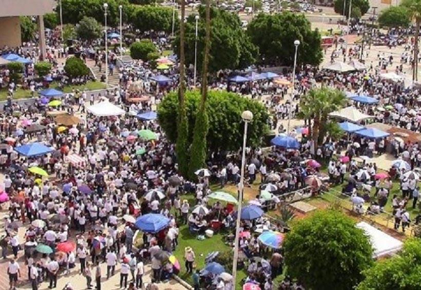 Maestros de BC se van al paro; acusan que el gobierno les debe 1,500 mdp en salarios y pensiones | El Imparcial de Oaxaca