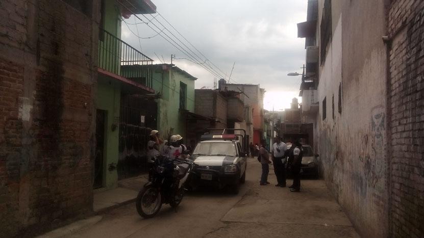 Hallan colgado a un policía municipal en la colonia Arboledas | El Imparcial de Oaxaca