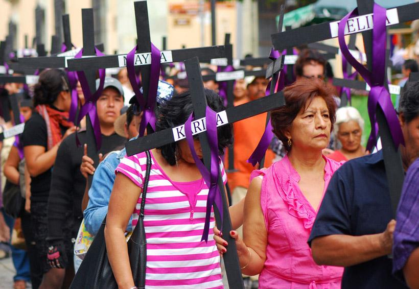 Lucra senador con el dolor de las mujeres en Oaxaca | El Imparcial de Oaxaca