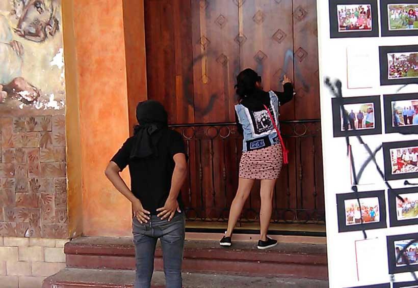 Anarquisas realizan pintas en Huajuapan | El Imparcial de Oaxaca