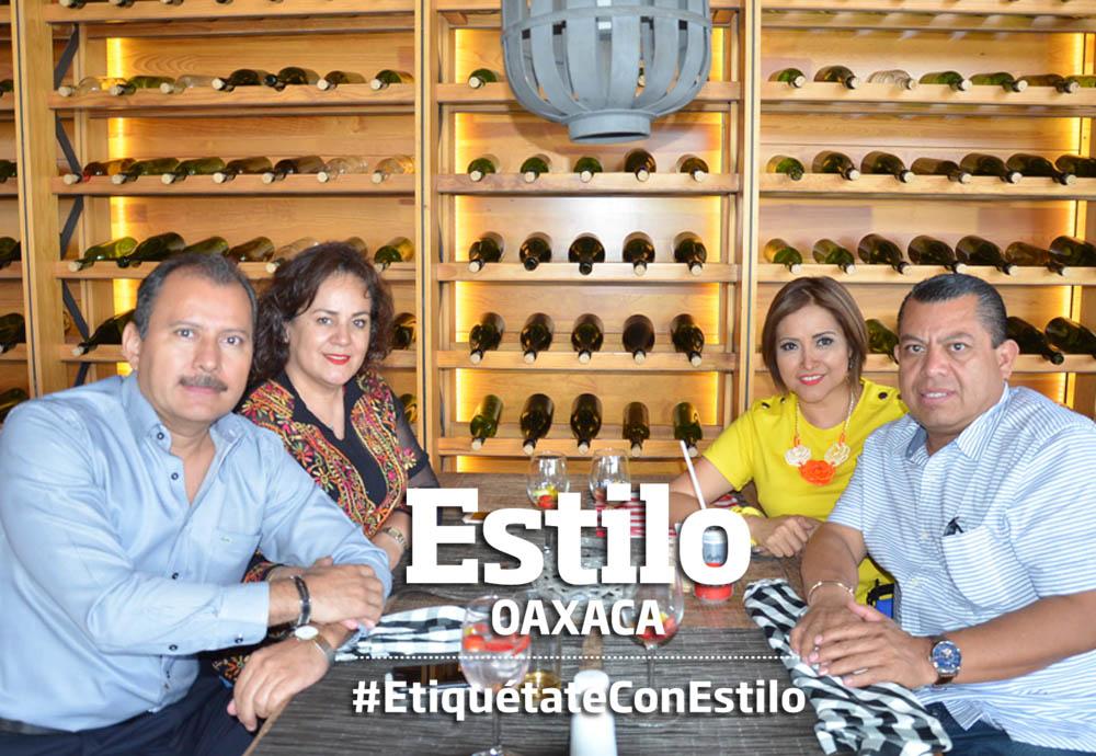 Alegre reunión | El Imparcial de Oaxaca