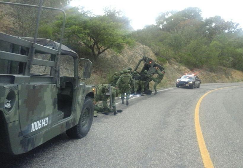 Caen militares en barranco en Oaxaca; 6 heridos   El Imparcial de Oaxaca
