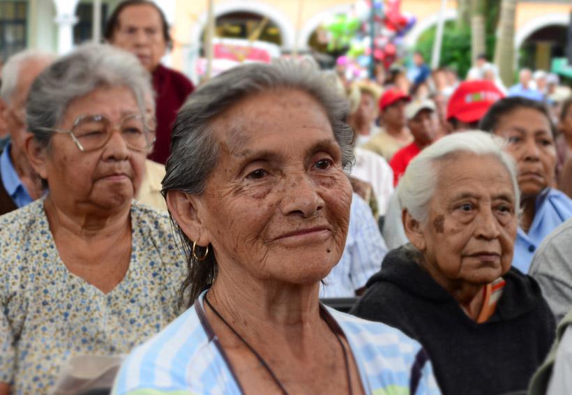 En la Cuenca expanden apoyos en comercios y servicios para adultos mayores | El Imparcial de Oaxaca