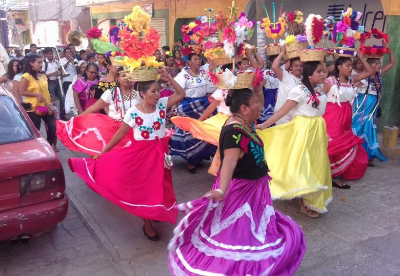 Alegría, colorido y diversión en fiesta patronal de Cuicatlán | El Imparcial de Oaxaca