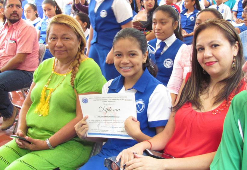 Recibe primaria de Juchitán certificación en inglés | El Imparcial de Oaxaca