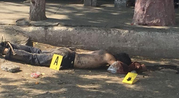 Asesinan a un hombre y escriben un mensaje en su espalda | El Imparcial de Oaxaca