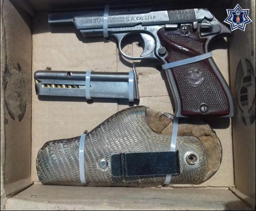 Presumía  'pistolita' en Ejutla | El Imparcial de Oaxaca